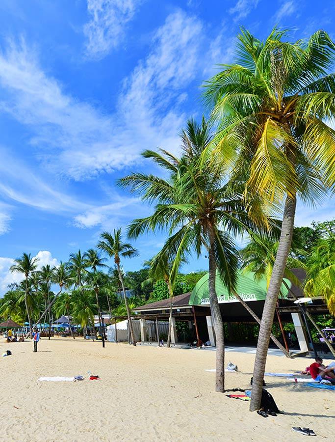 Bãi biển Siloso