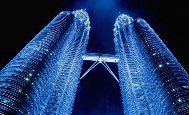 Chiêm ngưỡng tháp đôi Petronas – tòa tháp cao ngất ngưỡng ở Malaysia