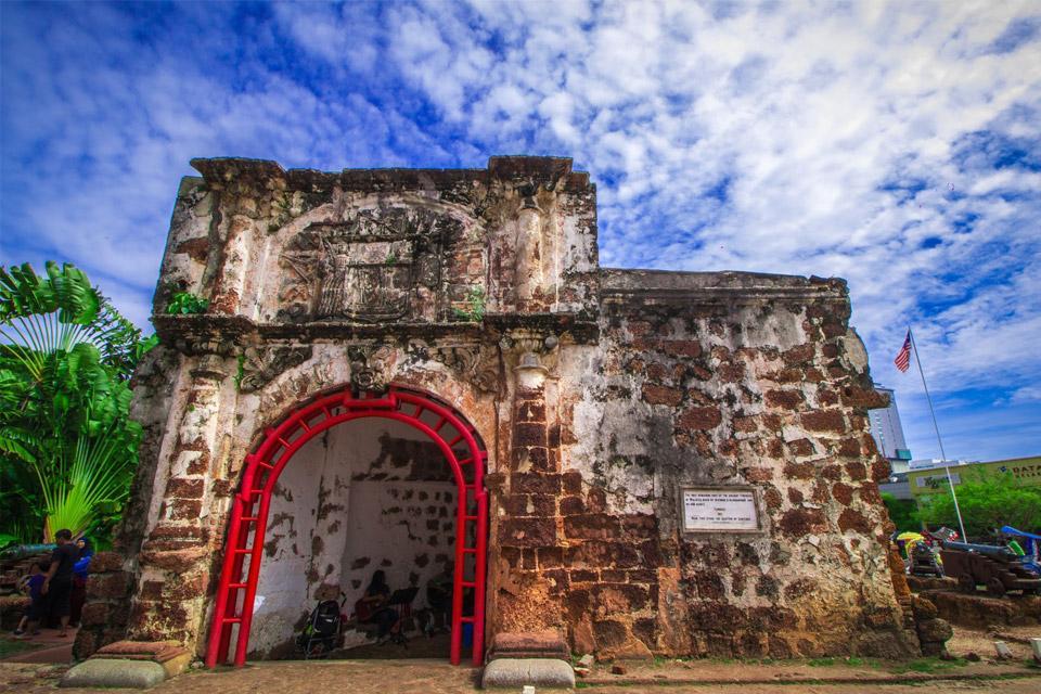 Cổng Pháo đài A Famosa