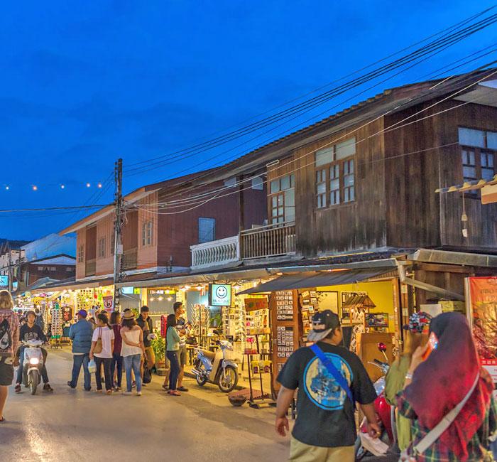 Chợ đêm Walking Street