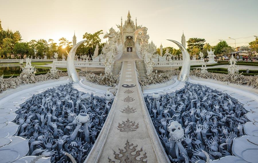 Toàn cảnh chùa Wat Rong Khun