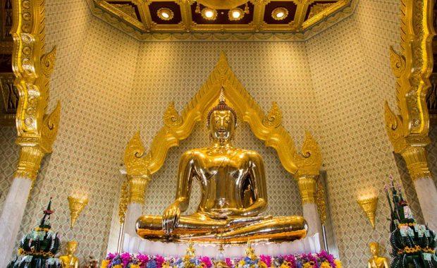 Wat Traimit (Chùa Phật Vàng) – ngôi chùa có bức tượng Phật bằng vàng nguyên khối