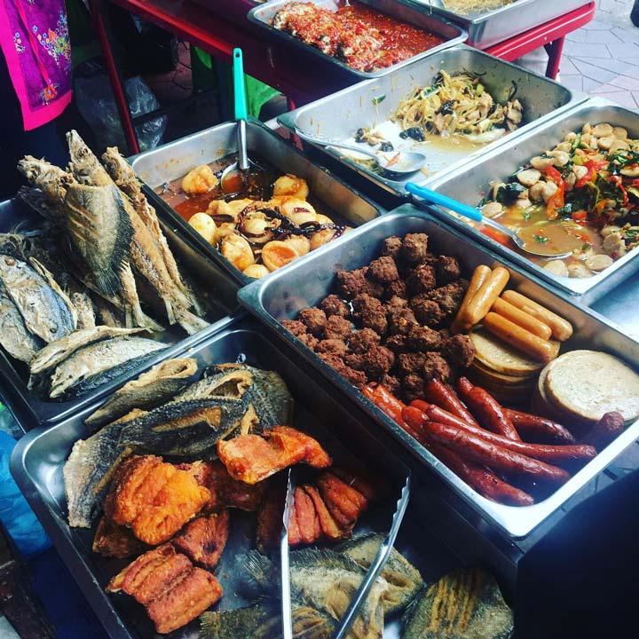 Thưởng thức Ẩm thực đường phố Khao San Road