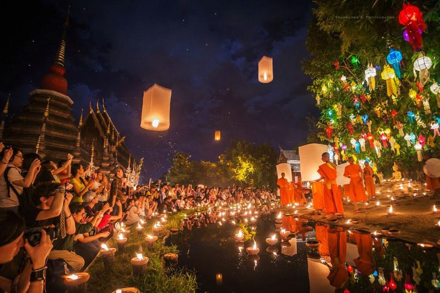 Lễ hội Loy Krathong ở Chiang Mai Thái Lan