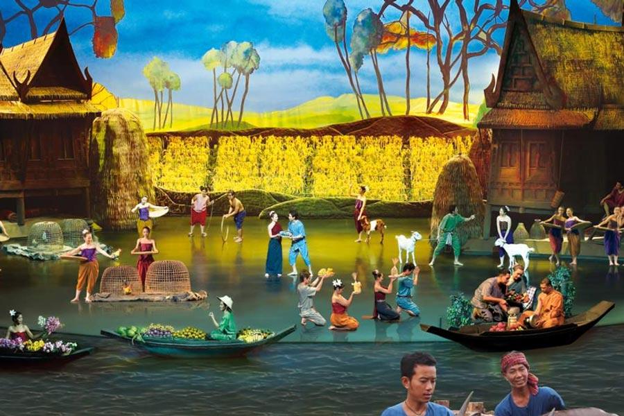 Hành trình qua các lễ hội show Siam Niramit