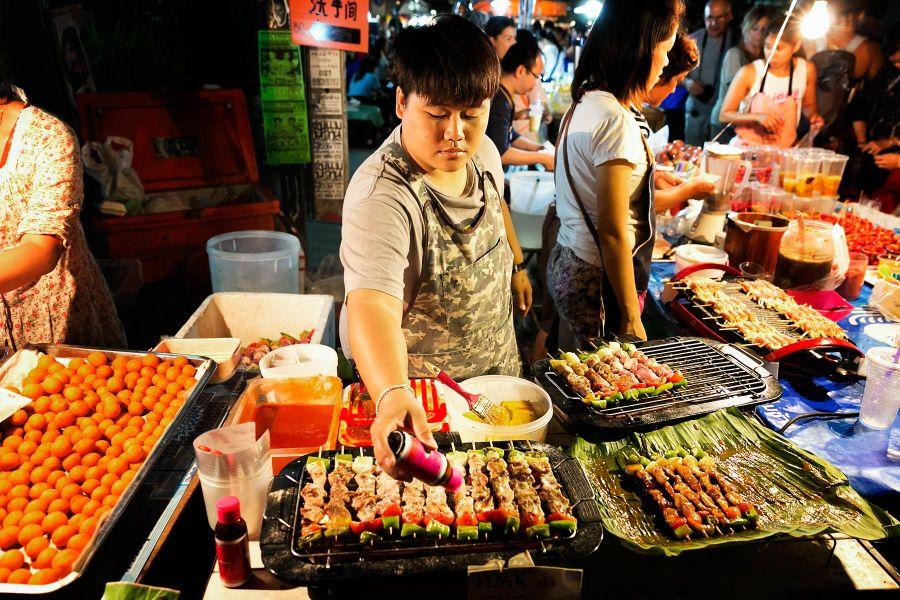 Wualai Road: khu vực chợ đêm thứ bảy