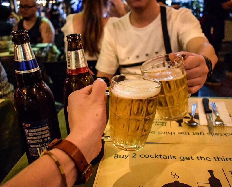 Vui chơi tại các quán bar/pub,club phố Khao San