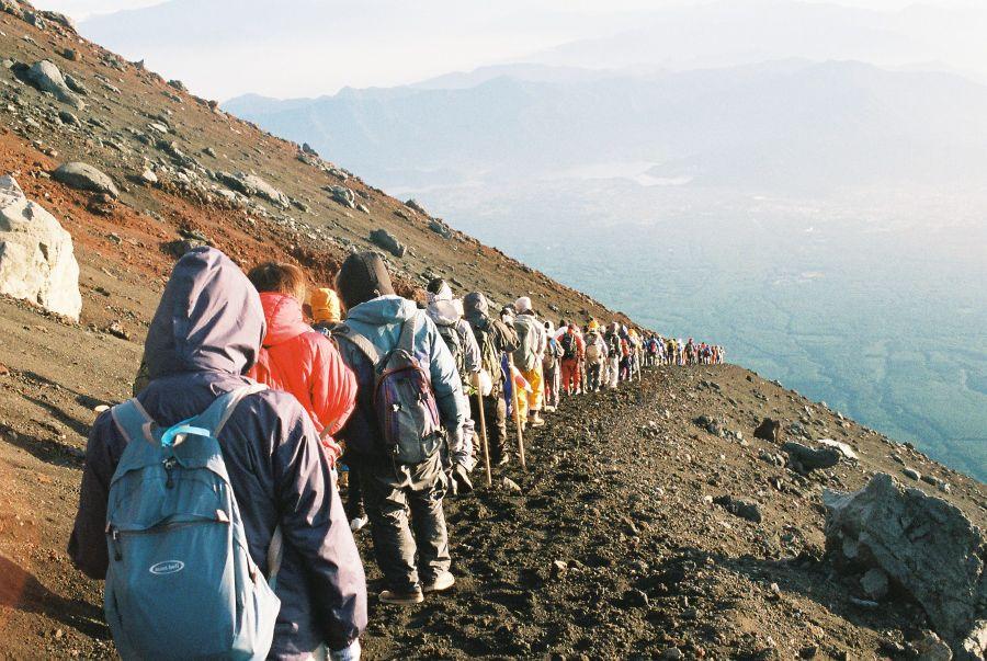 Mùa hè leo núi Phú Sĩ Nhật Bản