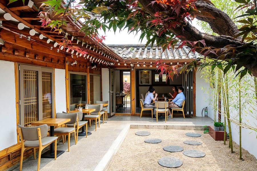 Tiệm cà phê ở làng cổ Bukchon